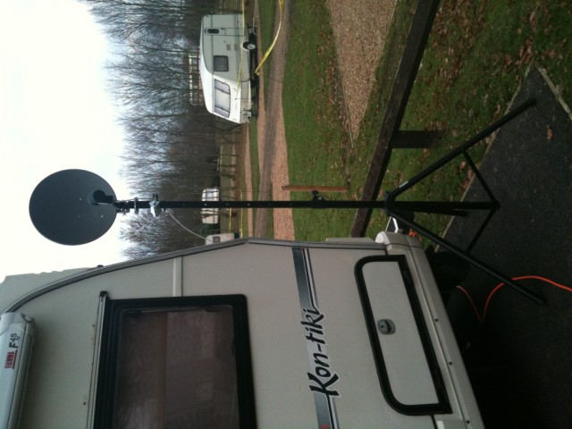 satellite on tripod for motorhome